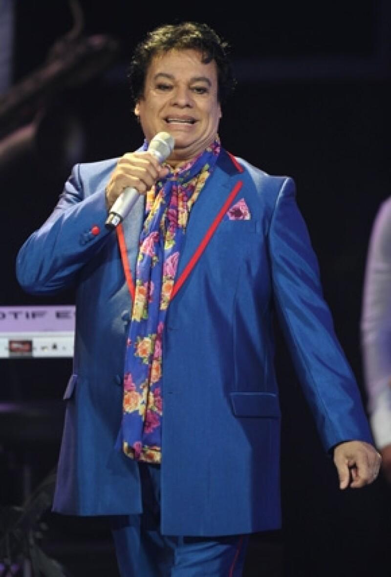 El cantante se encuentra hospitalizado en el Hospital Southern Hills de Las Vegas debido un cuadro de neumonía.