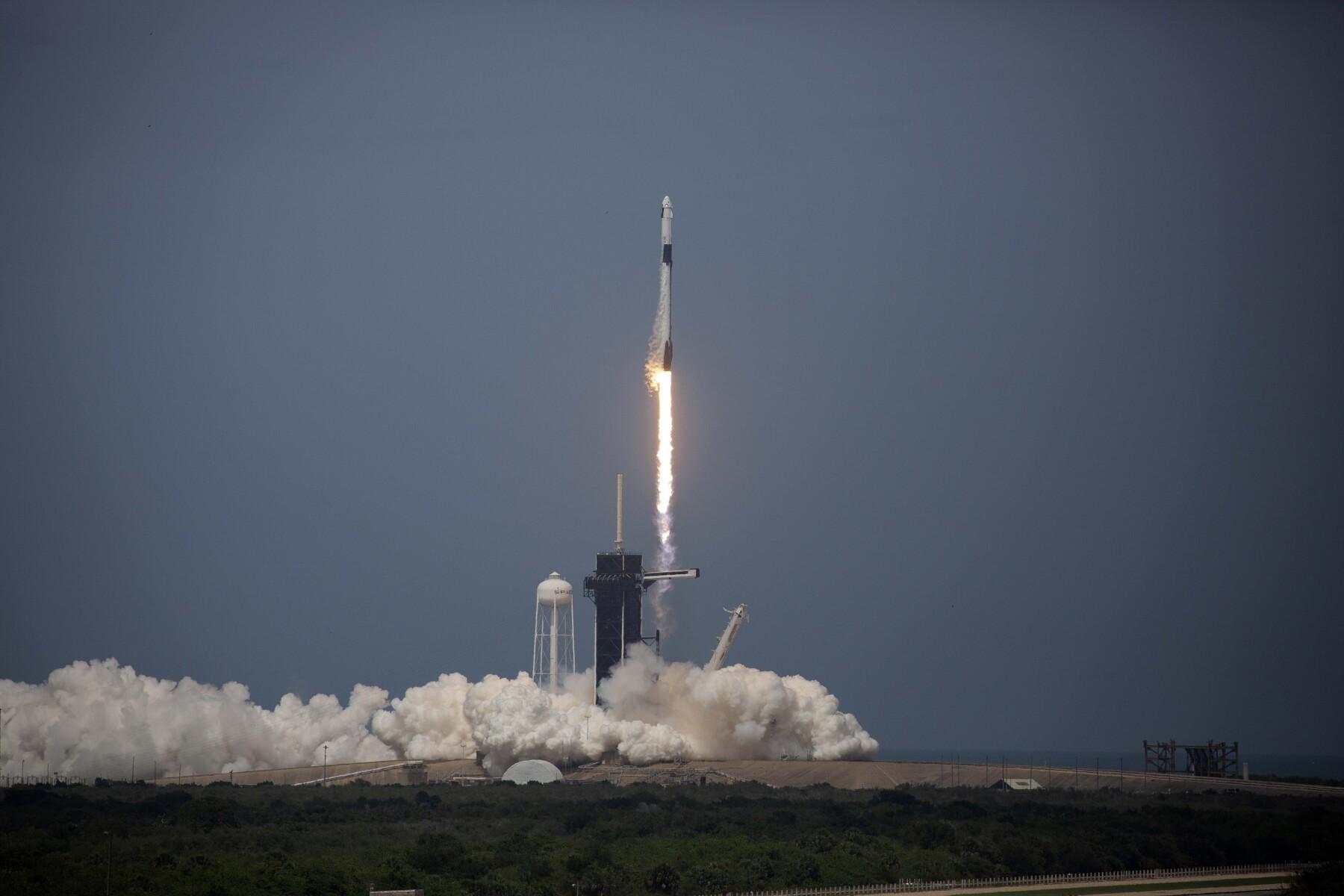 SpaceX_Falcon9.jpg