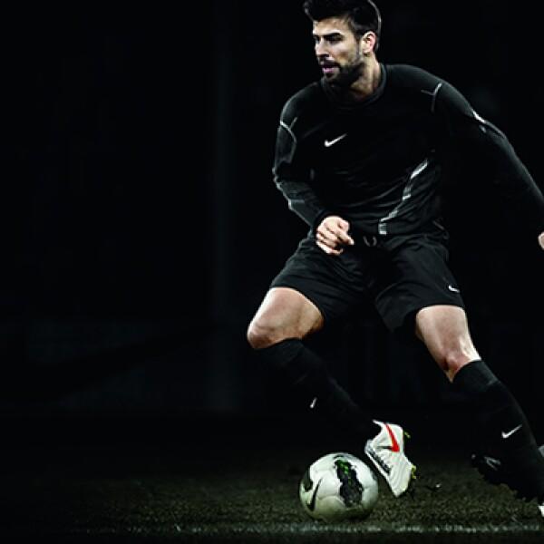 Este modelo es utilizado por Gerard Piqué (Barcelona), 'Chicharito' Hernández (Manchester United) y Javier Pastore (PSG).