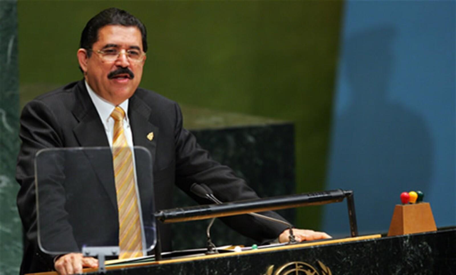 El depuesto presidente de Honduras enfrentará este domingo a la opinión pública tras las elecciones que se llevarán a cabo en ese país; el proceso electoral será monitoreado por organismos internacionales y por miembros del Congreso de EU.