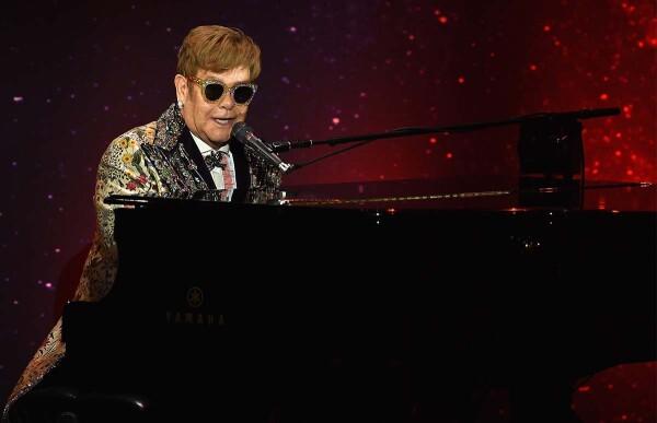 Elton John - Destacada