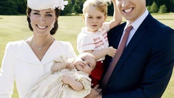 En entrevista con un medio británico, el duque de Cambridge habló de la manera más tierna de sus hijos, Charlotte y George, y de su esposa Kate Middleton.