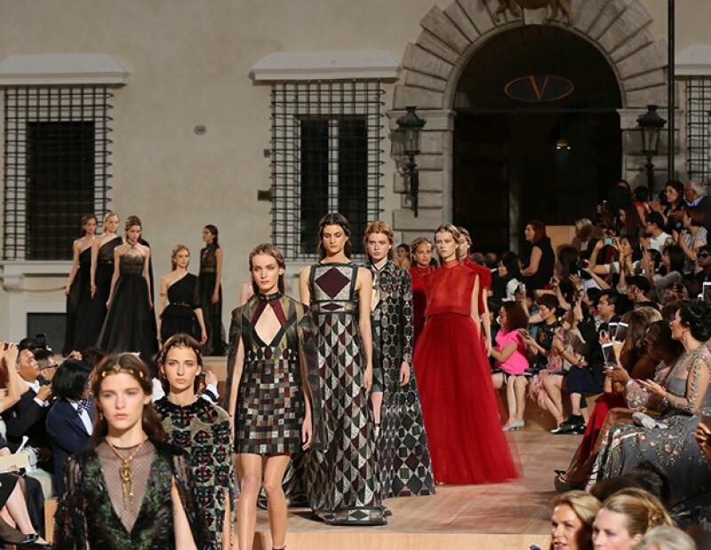 Valentino regresa a Roma para su presentación de Alta Costura.