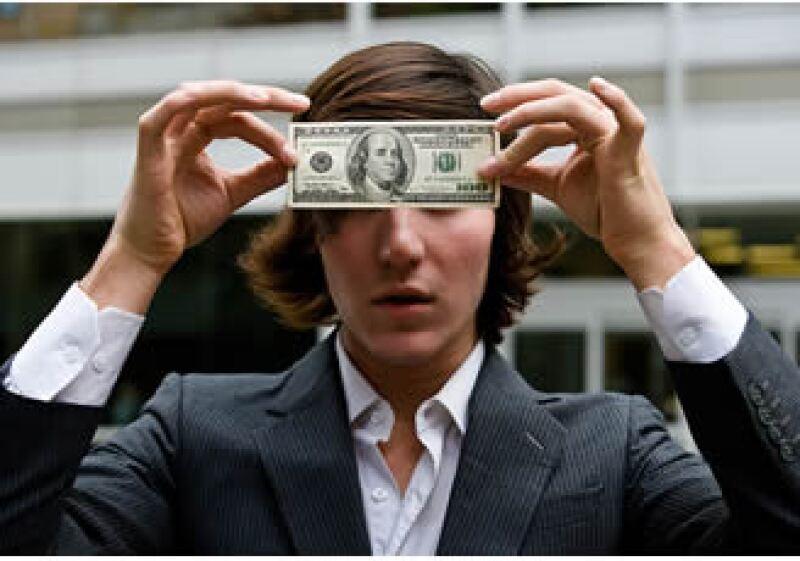 El rol del dólar ha sido tema de debate en los últimos meses, dado que su valor está cayendo frente a las principales monedas. (Foto: Jupiter Images)