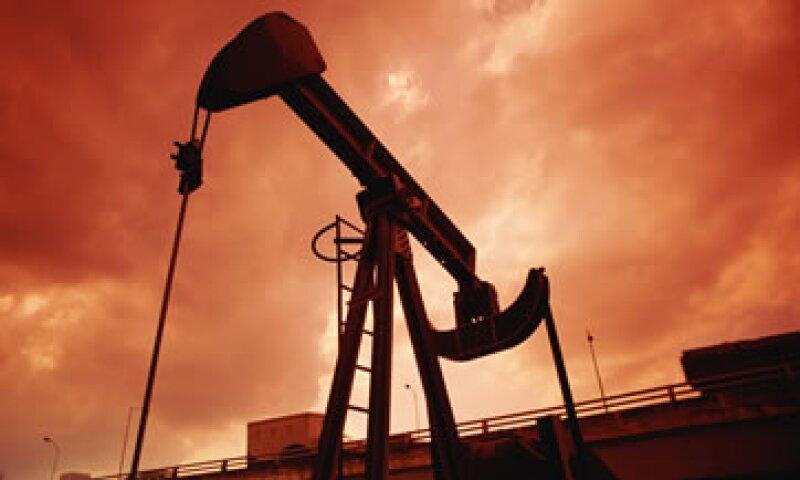 El precio del crudo ligó su cuarto día al alza al cierre de la sesión.  (Foto: Thinkstock)
