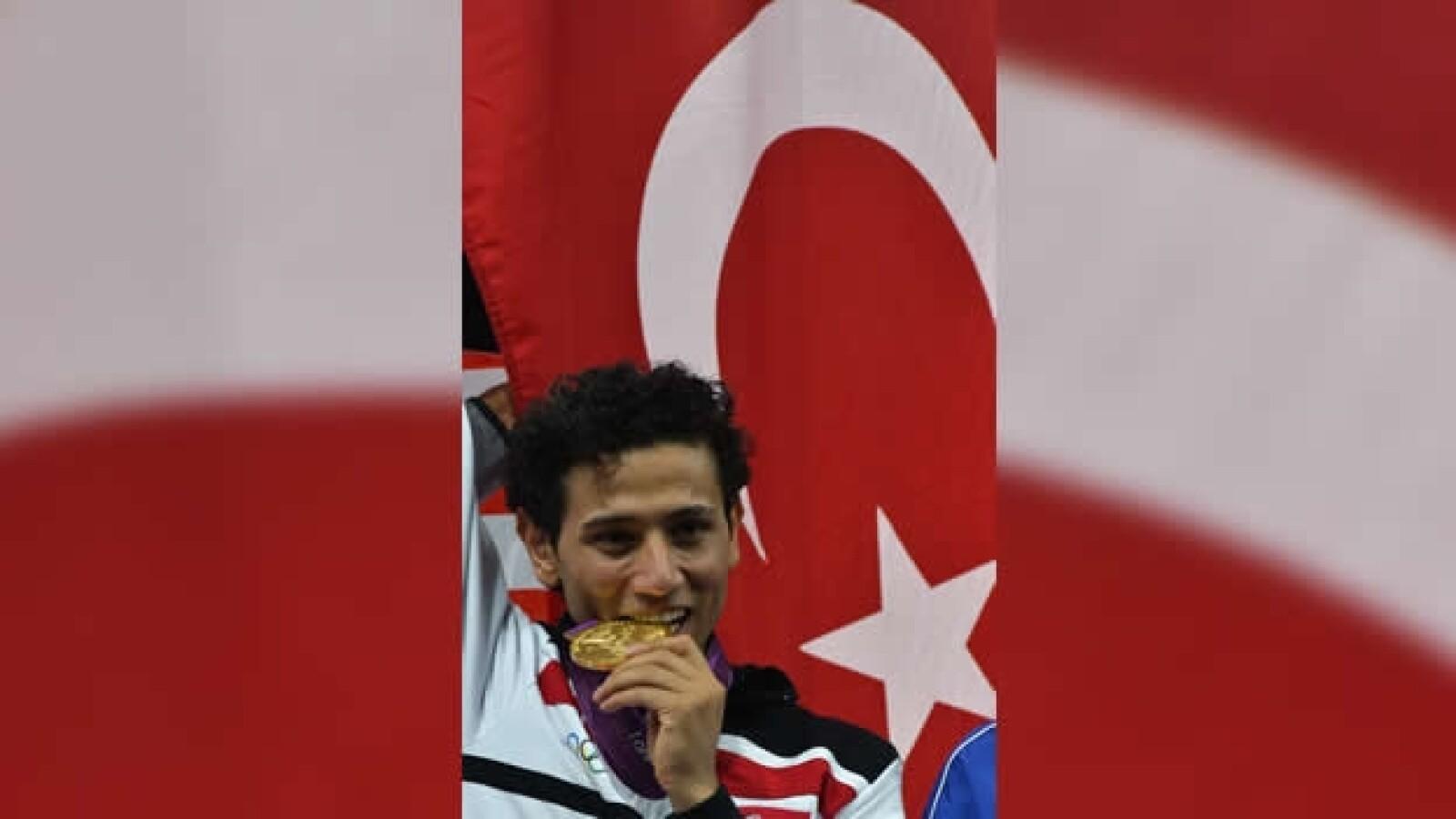 ganador de oro en taekwondo