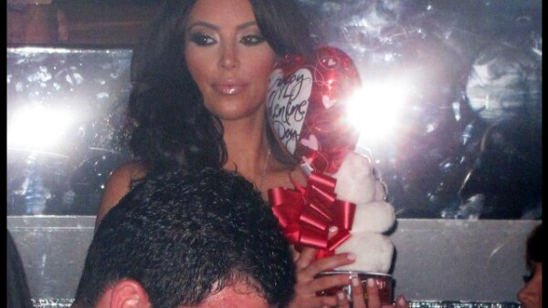 Kim Kardashian celebró el Día de San Valentín en el club Marquee en Las Vegas.