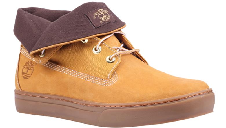 Aunque su especialidad son las botas, la marca también tiene sneakers.