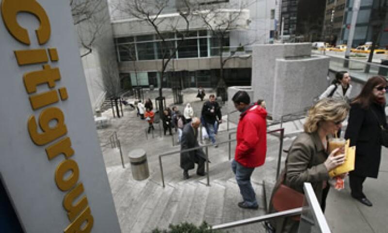 Citigroup se suma a la ola de bancos estadounidenses que reducen su plantilla en momentos en que economía global se desacelera. (Foto: AP)
