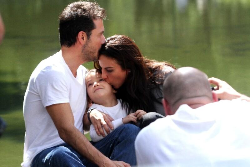 Kate con Raúl Méndez, André Collin.