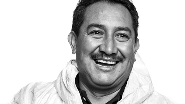 RETRATO, PandG, Mart�n Estrada Corpus, �rea de proceso inicial de jab�n de barra, planta Talism�n D.F., 23 a�os en la empresa.