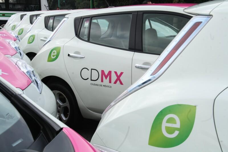 Taxi_electrico-1.jpg