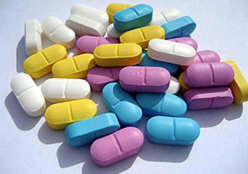 La Cofepris insta a los consumidores a realizar denuncias sobre reacciones adversas ocasionadas por medicamentos y suplementos alimenticios. (Foto: Cortesia SXC)