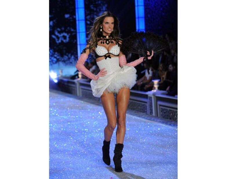 Alessandra Ambrosio es una de las modelos más destacadas en todo el mundo.