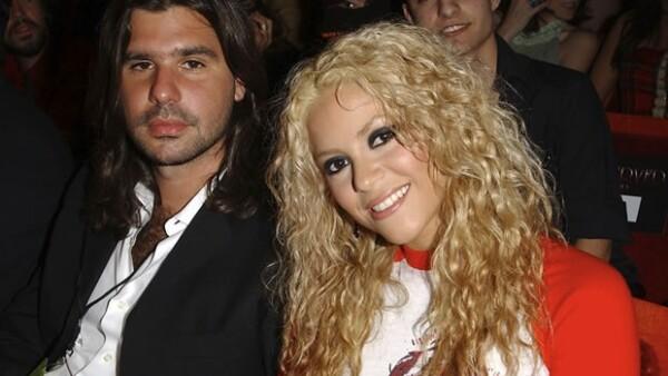 Luego de 11 años de relación, la cantante colombiana le dijo adiós al hijo del ex presidente argentino Fernando de la Rúa