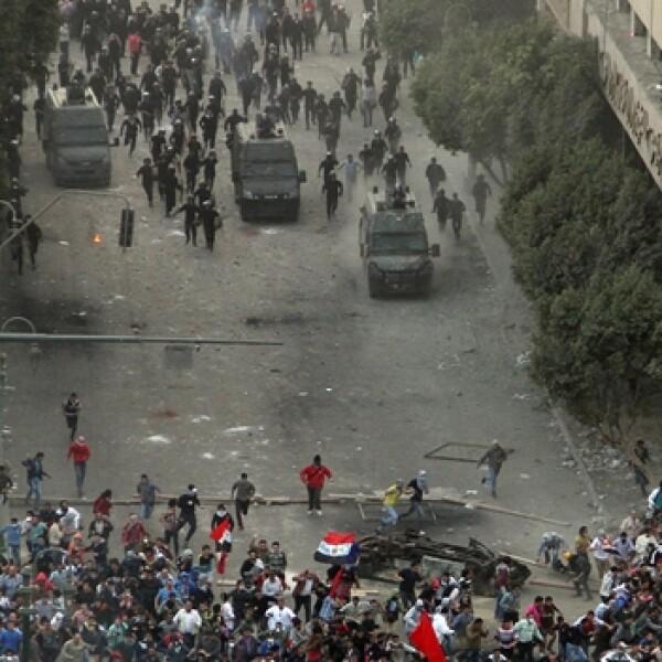 enfrentamientos entre policias y manifestantes