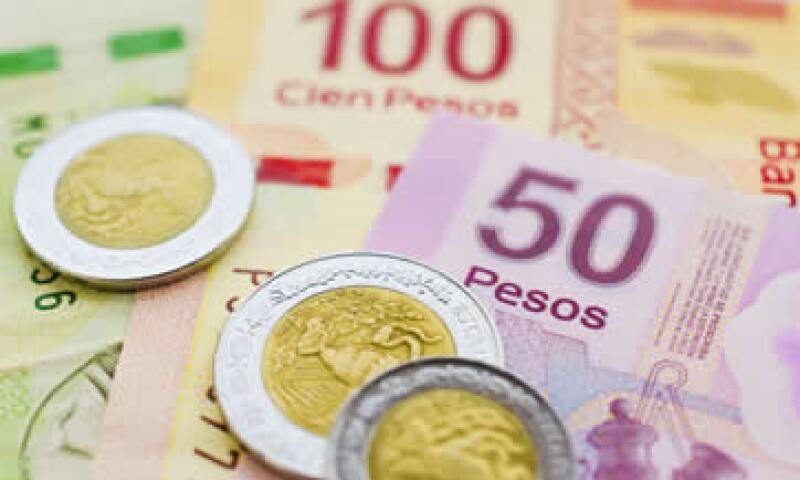Un tipo de cambio cercano a 10 pesos por dólar necesitaría fundamentales más fuertes, advierten analistas. (Foto: Getty Images)