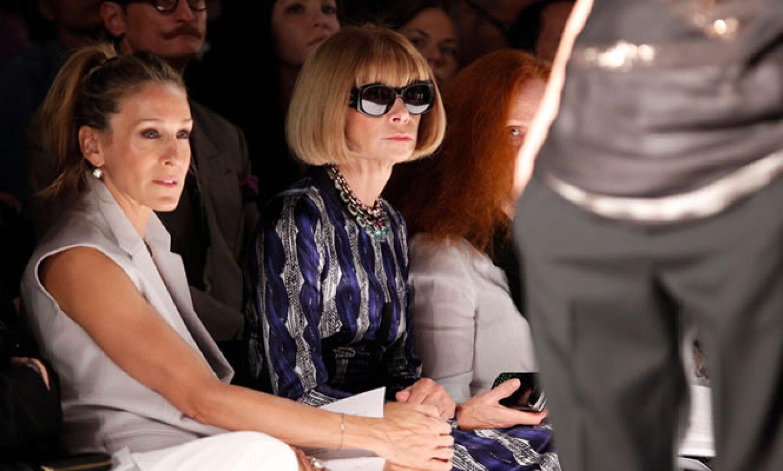 Sarah Jessica Parker y Courtney Love fueron algunas de las celebridades sentadas en primera fila.