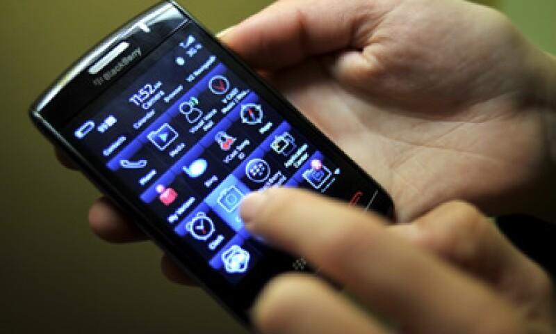 A nivel mundial, BlackBerry comercializó poco más de 12.7 millones de equipos durante el tercer trimestre de 2011. (Foto: AP)