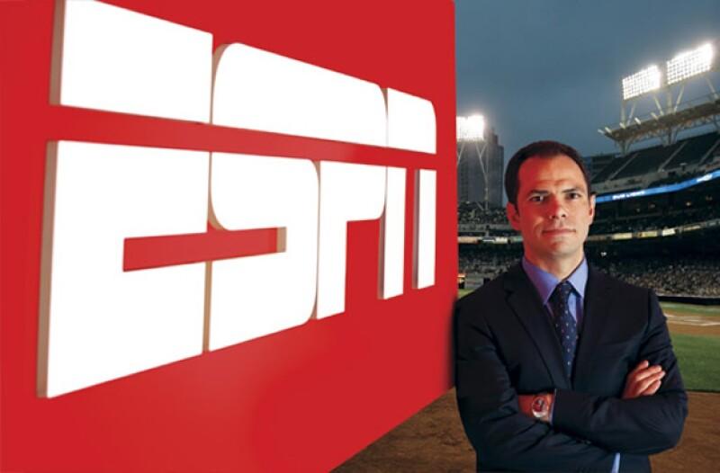 Desde el 2005 que Gerardo Casanova es vicepresidente de ESPN Latinoamérica y anteriormente fue un directivo en Televisa.