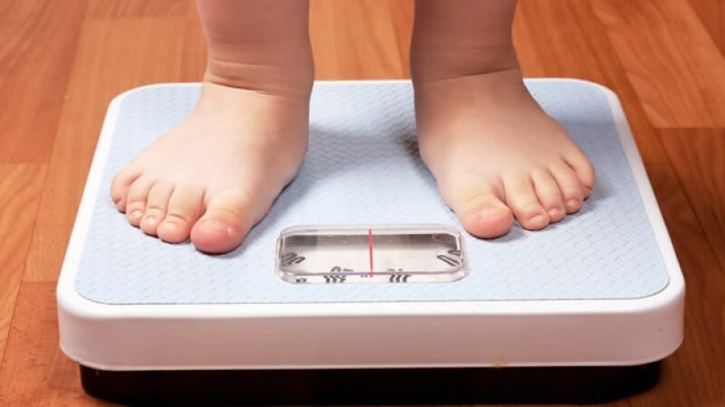 niño peso pesa imagen corporal