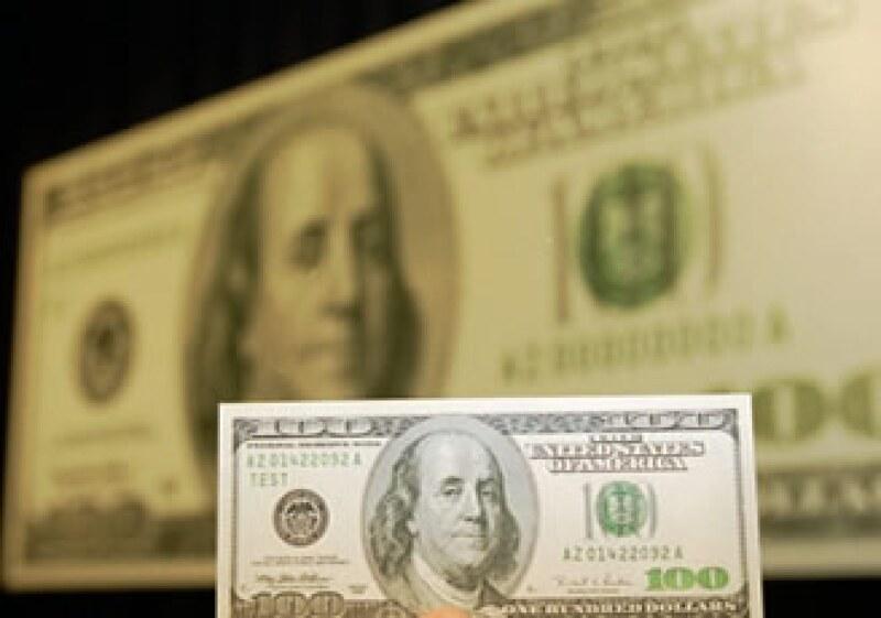 El dólar estadounidense cerró la jornada de este miércoles a la baja frente al peso mexicano. (Foto: Archivo AP)