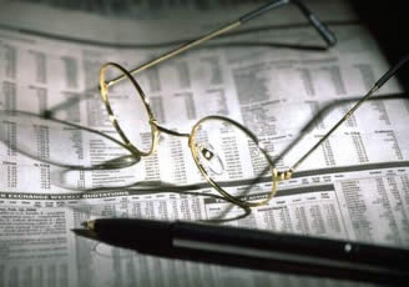 El experto en mercados, Francisco Suárez, aconseja busca asesoría profesional y diversificar tus inversiones. (Foto: Jupiter Images)