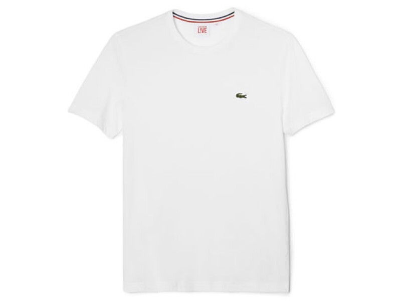T-shirt blanca.
