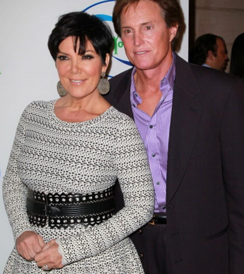 Kris y Bruce Jenner solían ser una pareja unida. Aquí durante un evento social en el 2010.