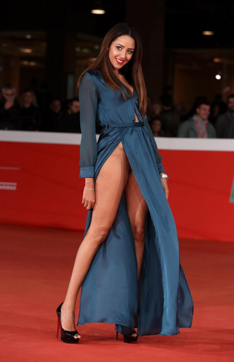 Durante el estreno de la cinta 'Carol' en el Festival de Cine de Roma, la artista sufrió un 'wardrobe malfunction' debido a su arriesgado vestido.