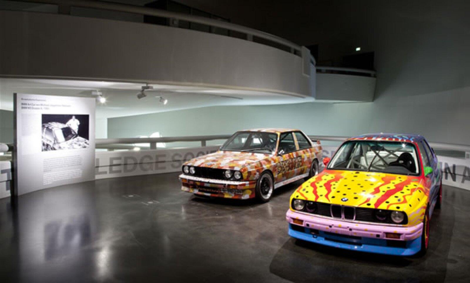 Es la primera vez que se expone en un mismo recinto la colección completa de estos automóviles, con la inclusión del más reciente modelo, producto de la imaginación del artista Jeff Koons.