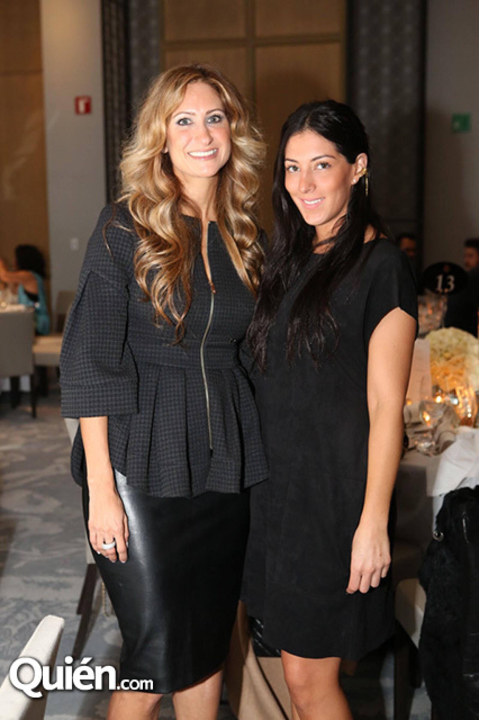 Pixie Devlyn y Lorena Murat