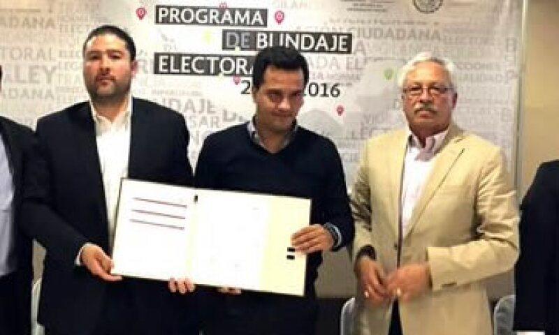 Las autoridades firmaron el acuerdo para instalar los Comités Preventivos. (Foto: Twitter/@SEDESOL_mx)
