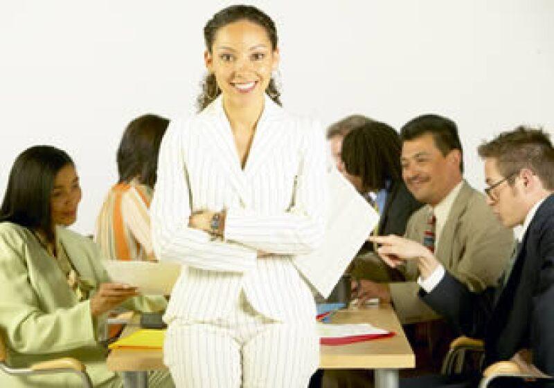 Motivación, buenos salarios, comunicación y liderazgo son algunos de los factores que hacen de una empresa un lugar ideal para trabjar. (Foto: Jupiter Images)