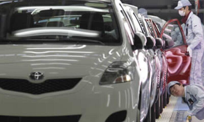 Sólo se exportarán a EU versiones a gasolina del modelo Yaris.  (Foto: AP)