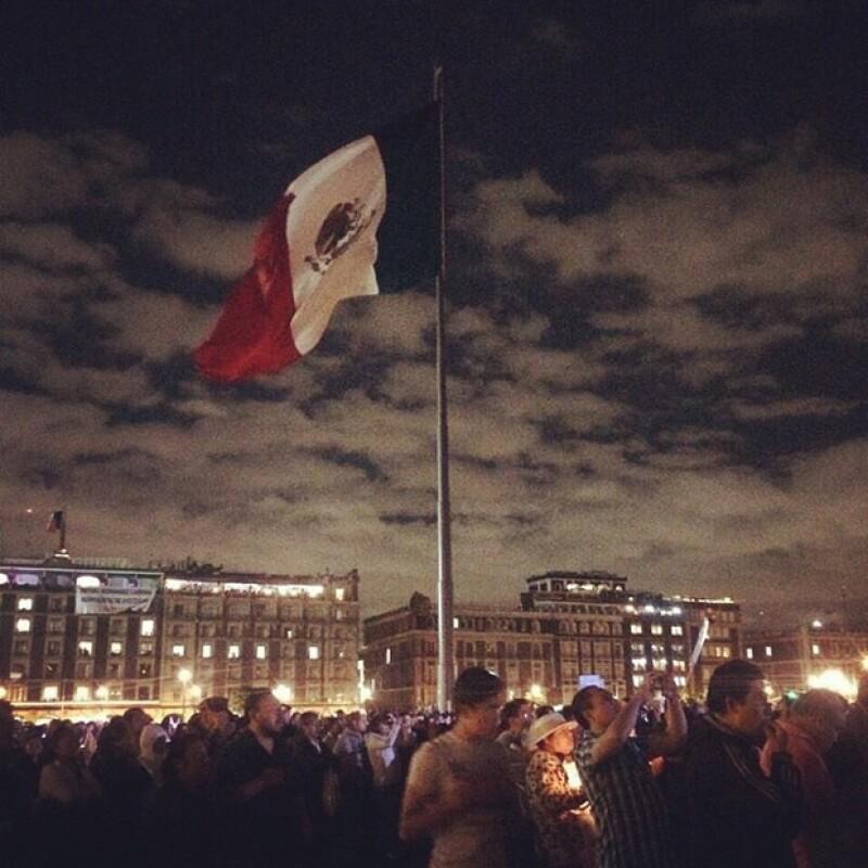 Claudia publicó esta imagen de la manifestación de la semana pasada del Ángel de la Independencia al Zócalo.