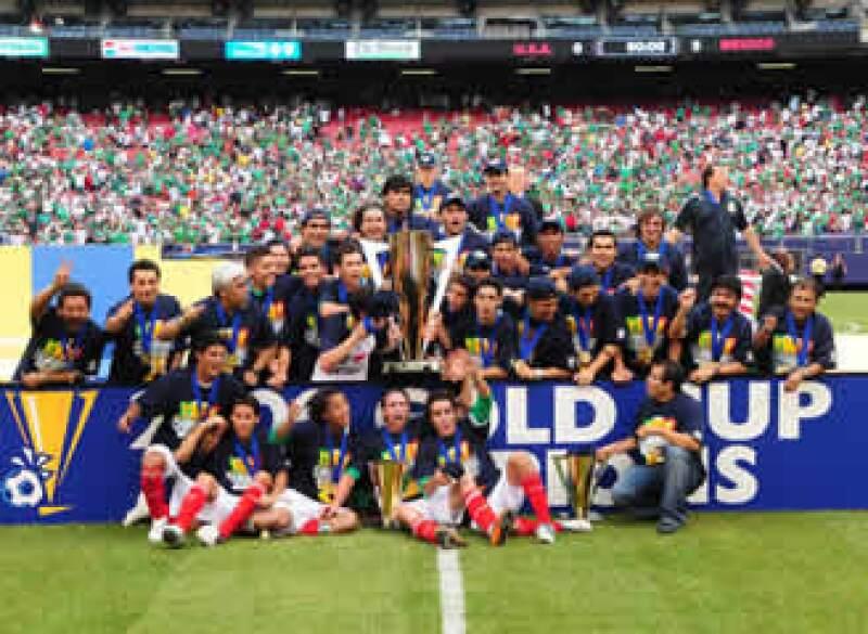 La selección mexicana ganó su quinto trofeo de la Copa Oro (Foto: Notimex)