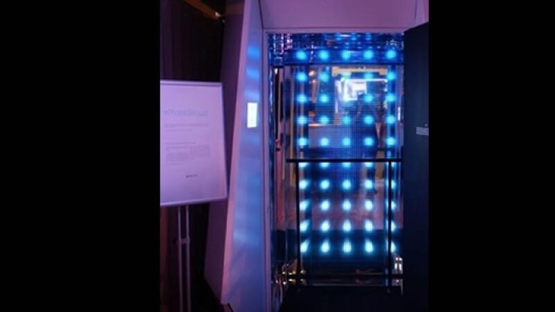 Delta ducha regadera luz azul fotones jetlag