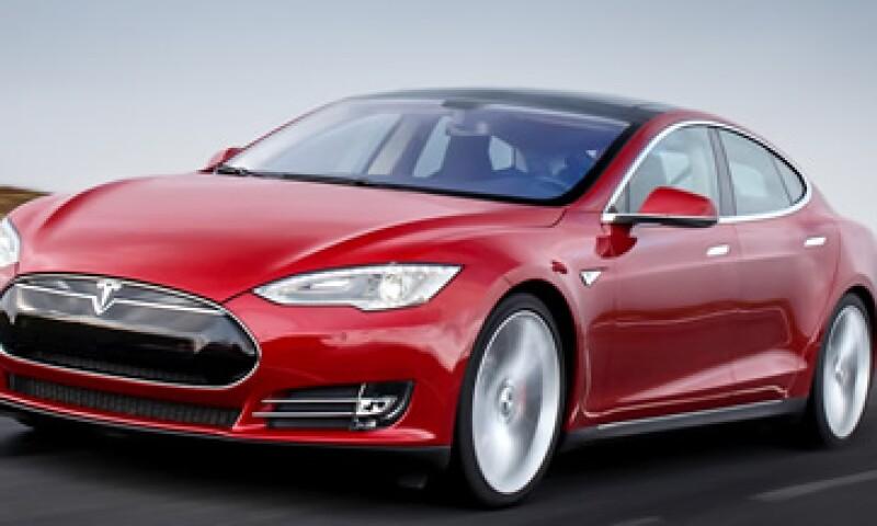 Los carros totalmente autónomos todavía están a varios años de desarrollarse, dijo Tesla. (Foto: Tesla Motors )