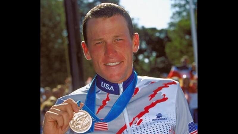 Lance Armstrong gana bronce en Sydney 2000