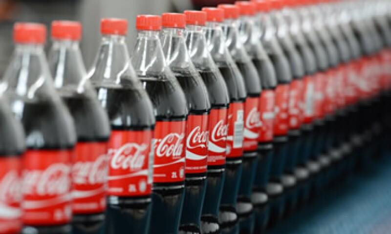 La empresa dice que por el momento se apegará a lo que rige la legislación estadounidense. (Foto: AFP )