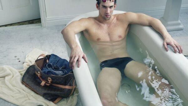 Otra foto de Michael Phelps para la firma francesa.