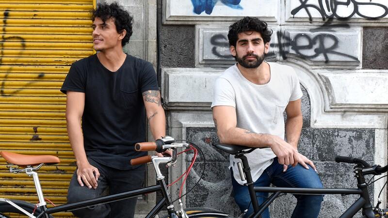 Más bicicletas.
