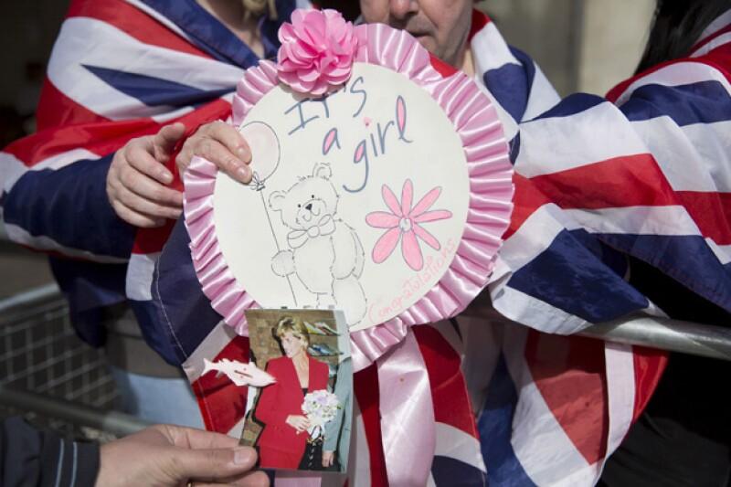 En Inglaterra, el público se inclina en las votaciones a que el segundo bebé de Kate y William será niña, y el nombre preferido es Alice.
