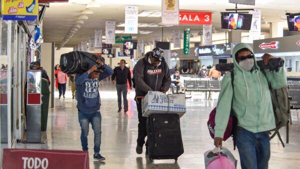 Cancelan servicio Toluca-Querétaro Plus en  la terminal de Autobuses de Toluca ante contingencia por COVID-19, que brindaba 7 corridas diarias.