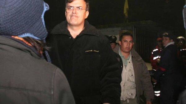 El jefe del Gobierno capitalino, Marcelo Ebrard, acudió al lugar del accidente.