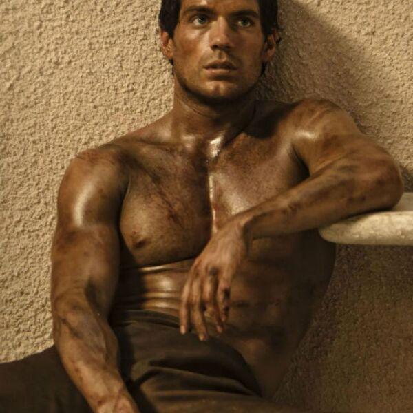 Henry dejó ver su musculatura en la película Immortals de 2011.