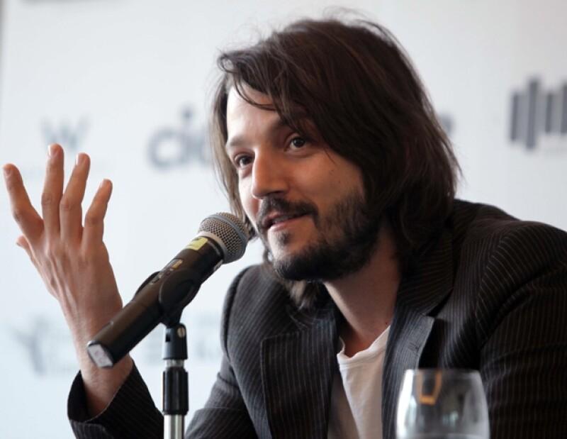 El actor norteamericano protagonizará la nueva obra producida de Mueca Presenta, dando vida a un asesino serial.