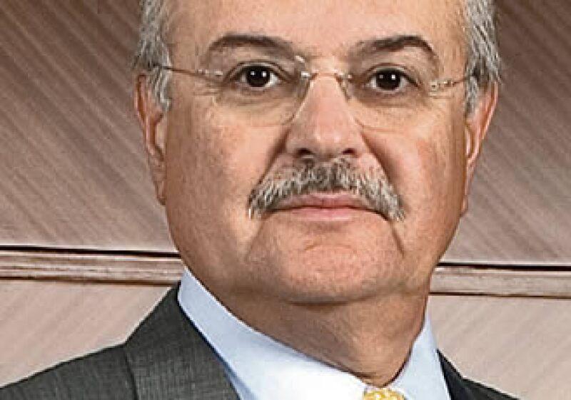 Orlando Loera afirma que Bank of America Merrill Lynch de México no le está prestando a su casa matriz en EU ni tampoco le están pidiendo prestado. (Foto: Gilberto Contreras)
