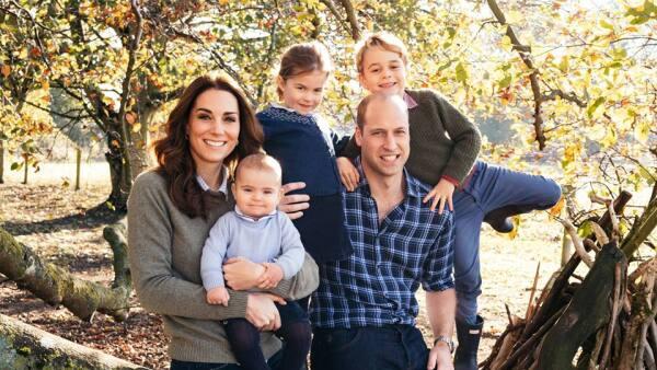 Kate-William-George-Charlotte-Louis-Felicitación-Navideña.jpg